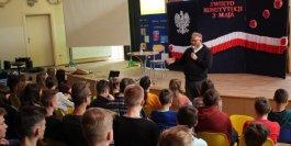 """Szkoła Podstawowa nr 2 im. Józefa Piłsudskiego aktywnie włączyła się we współpracę z Fundacją """"Dbam o mój z@sięg"""""""